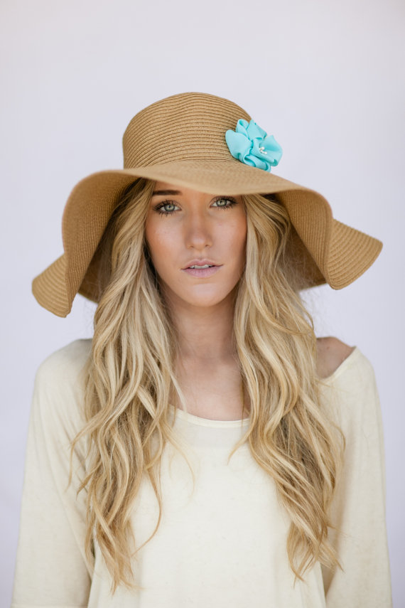 Free shipping & returns on women's sun hats at hereffil53.cf Find a great selection of straw hats, raffia hats & more in a variety of colors & brim styles.