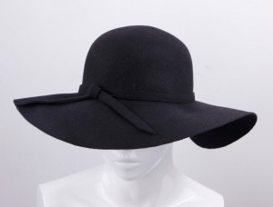 Black Floppy Sun Hat