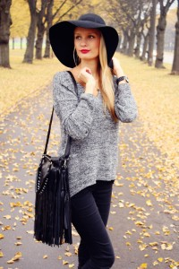 Black Floppy Hat Outfit