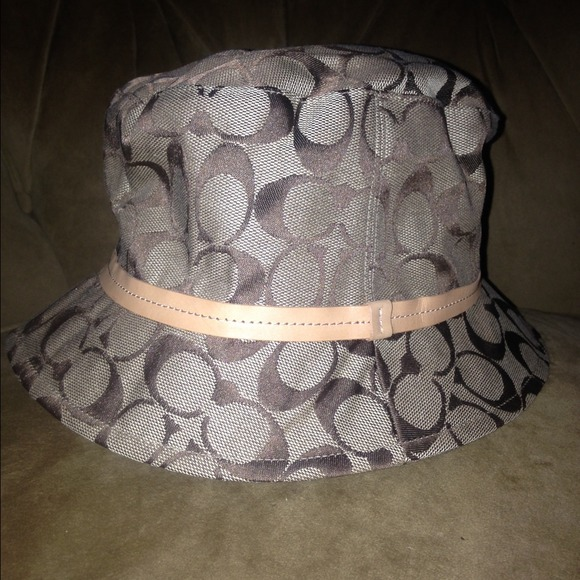 Rain Hats – Tag Hats bfca1389ee4