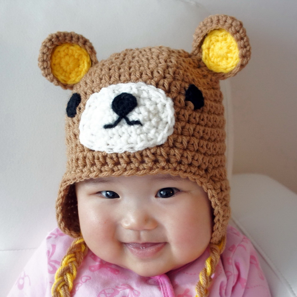 bowler hat bear