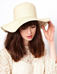 Images of Floppy Straw Hat