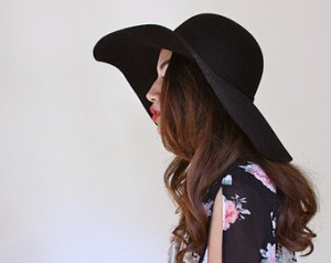 Pictures of Black Floppy Sun Hat