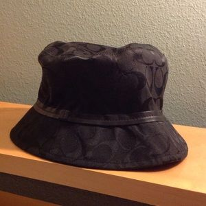 Coach Bucket Hat Black