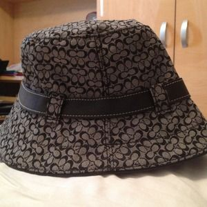 Images of Coach Bucket Hat